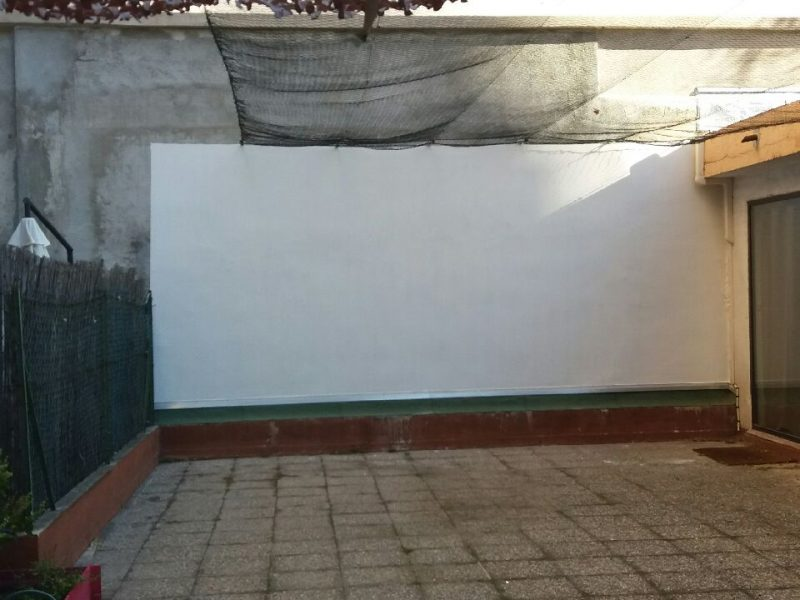 mur fond blanc